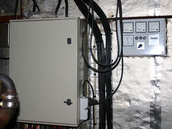 Atelier fluvial technique int rieur syst me lectrique - Technique de cablage des armoires electriques ...